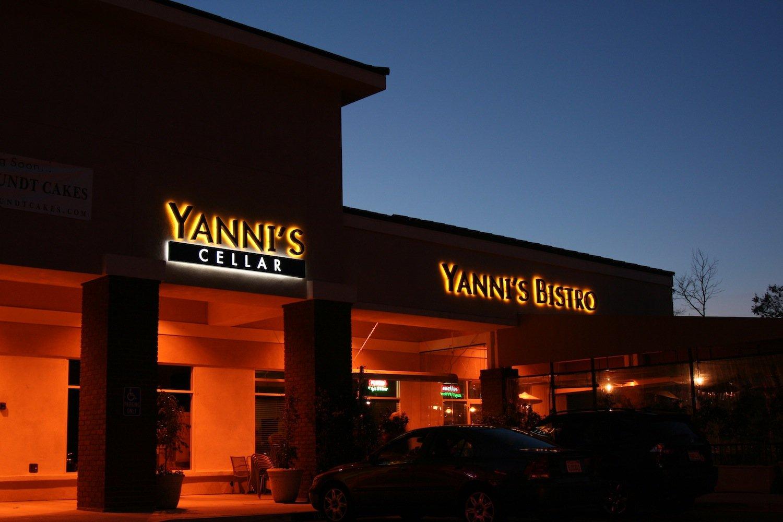 Yanni's Bistro