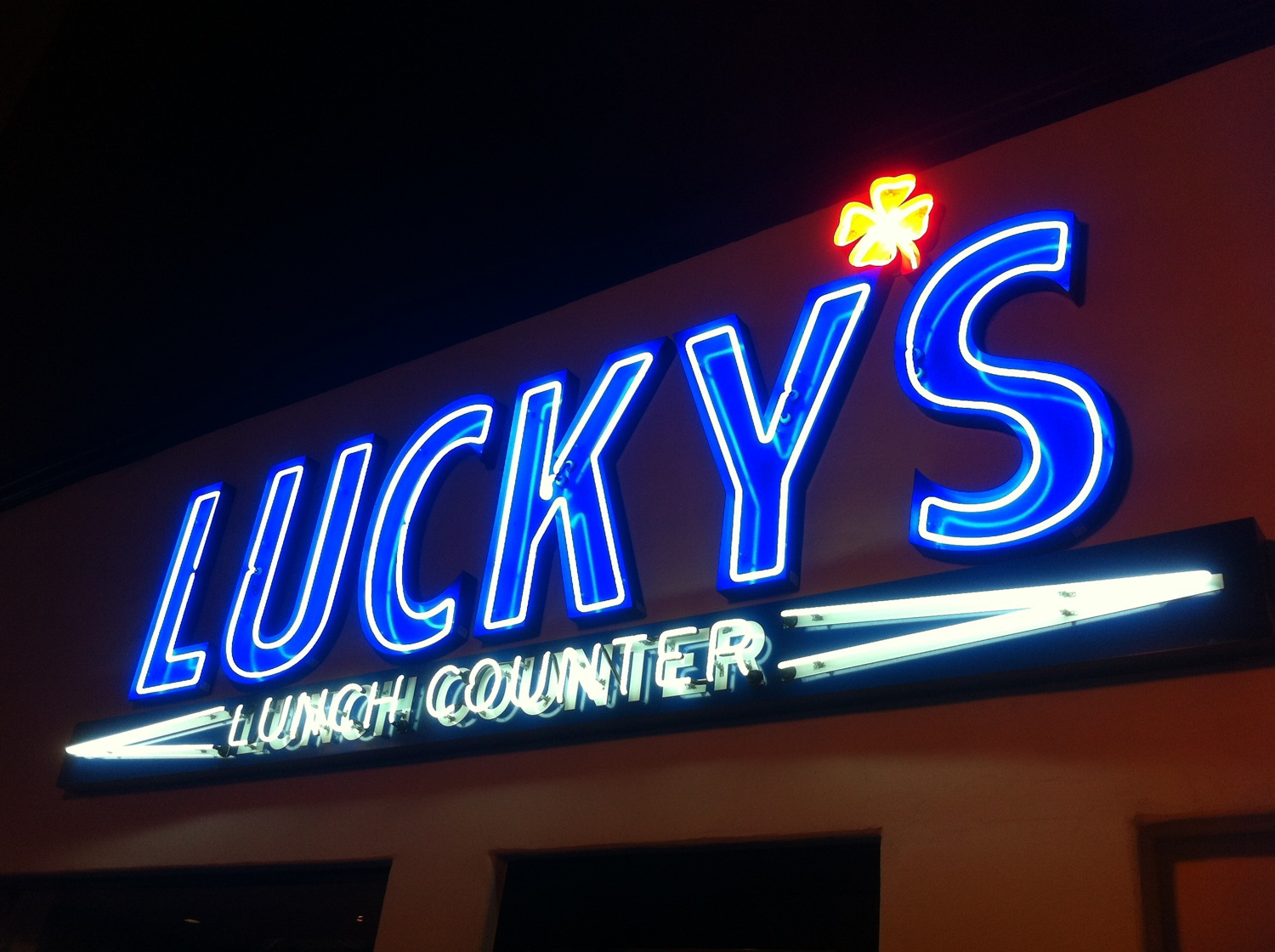 Luckys%20Lunch%20Counter%205.jpg